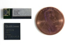 qualcomm qtm052 antenna module and qualcomm snapdragon x50 5g modem photo Qualcomm宣布推出首款對應5G連網天線、射頻模組