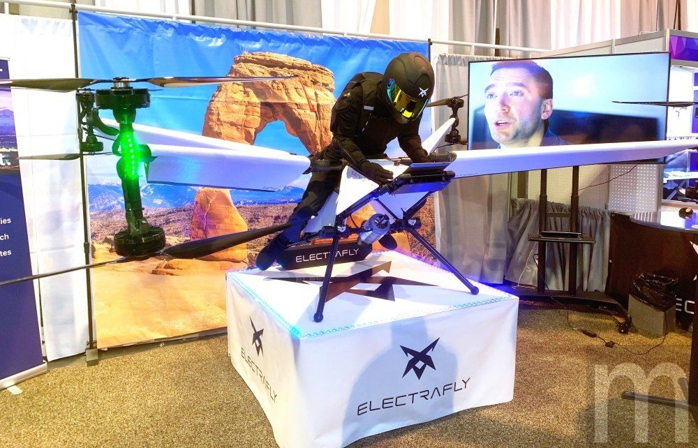 IMG 4408 ElectraFly展示個人飛行器具原型設計 未來將擴展至空中計程車等領域應用