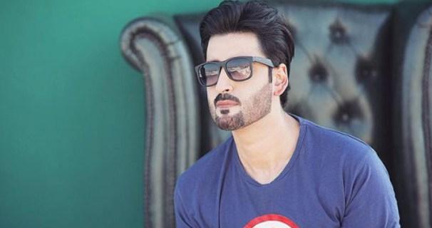 pakistani actor Agha Ali