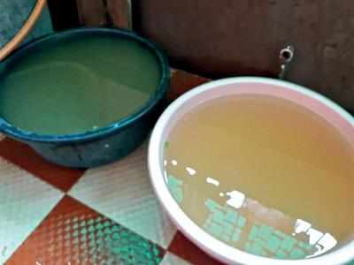 Stinking water supply to homes