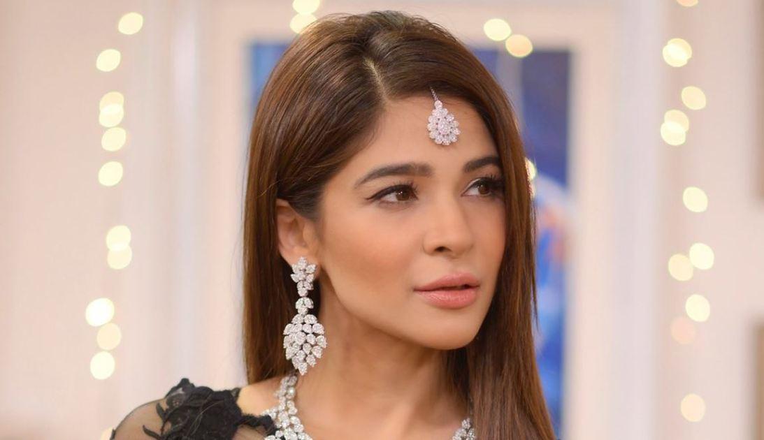 عائشہ اپنی سالگرہ منائیں گی