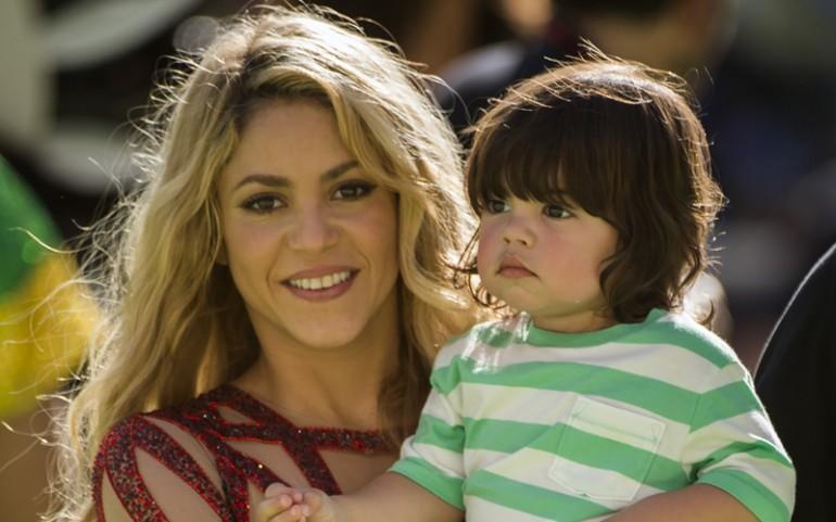 Singer Shakira attacked by wild animals