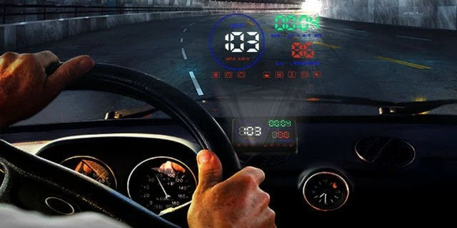 10 Best Head Up Display for Car with Smartphone& OBD2 Support | Mashtips