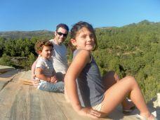 Robert con Bella y Callum, disfrutando de las buenas vistas...