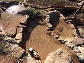 11 Construcción de balsas comunicadas, para el riego del vergel