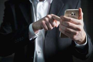 Sociala medier, männerbund och det röda pillret