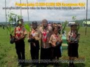 SDN Karanglewas Kidul membagi bibit tanaman pada acara Jambore LT II Kwartir Ranting Kecamatan Karanglewas 2015 (7)