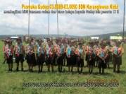 SDN Karanglewas Kidul membagi bibit tanaman pada acara Jambore LT II Kwartir Ranting Kecamatan Karanglewas 2015 (8)