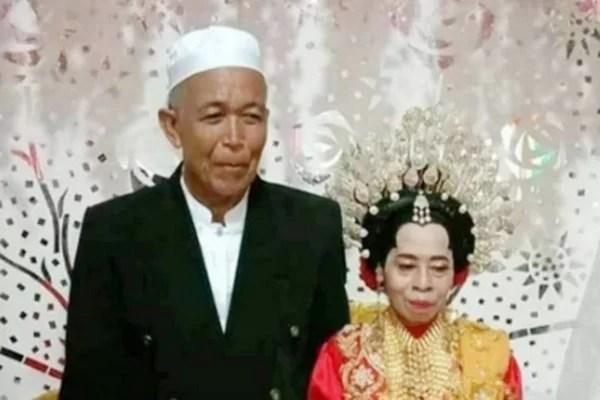 Kakek menikahi seorang nenek di Maros