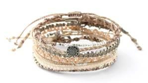 Nyhet: sju armband i beige/grått/silver från Wakami
