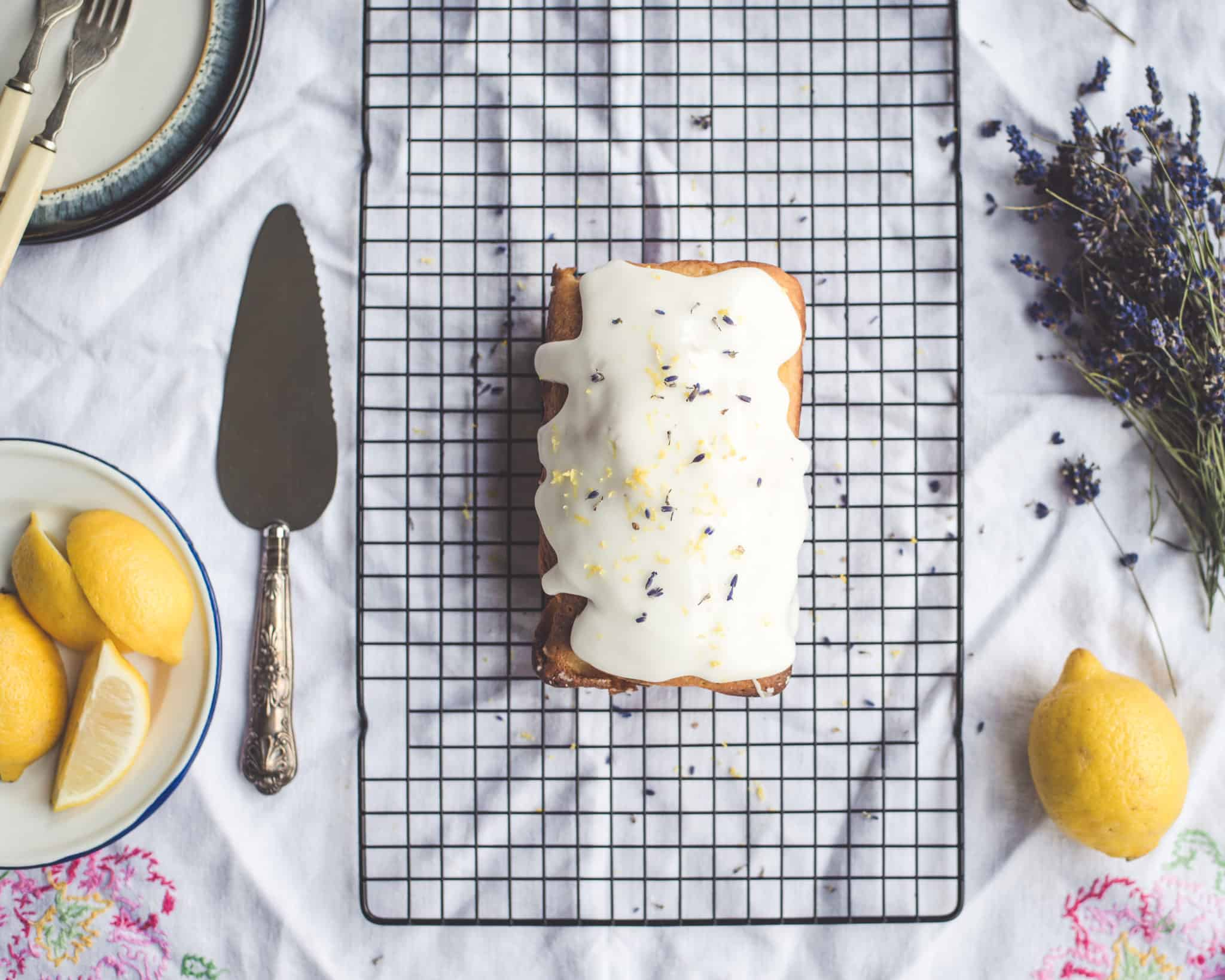 How to Make Low-Calorie Lemon Cake with Vanilla Protein Icing