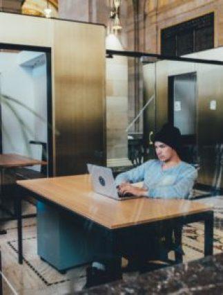 comment vivre de sa passion bureau