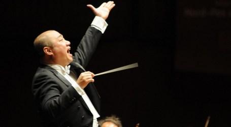 Zhong Xu debuta con la OFGC en su doble condición de director y pianista
