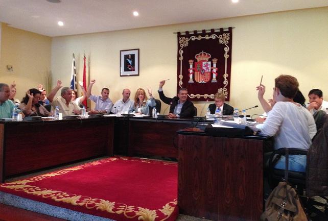 El Presupuesto de Mogán para 2014 se aprobó con los once votos del PP y uno de la concejala de CC