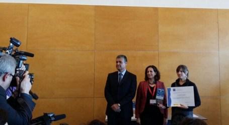 El alcalde de Mogán entrega los premios de calidad turística en el marco de Fitur