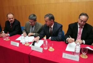 De izquierda a derecha, Rafael Castellano, Marco Aurelio Pérez Paulino Rivero y Domingo Berriel