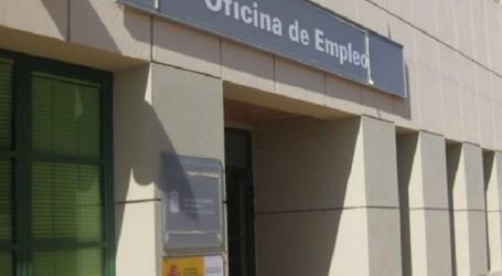 La salida de activos hace descender el desempleo en Canarias en 9.300 personas