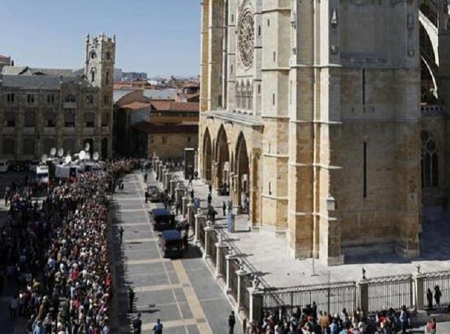 Funeral de Isabel Carrasco, en la Catedral de León