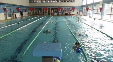 La piscina municipal de Arguineguín utilizará biomasa para calentar el agua