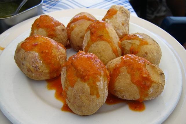 Papas arrugadas, plato típico canario
