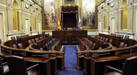 """IUC manifiesta que """"en el Parlamento canario vive el espíritu de Tejero"""""""