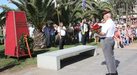 Los paracaidistas veteranos homenajean a sus compañeros fallecidos en Maspalomas