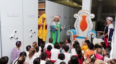 San Bartolomé de Tirajana abre su Archivo Real a los escolares locales