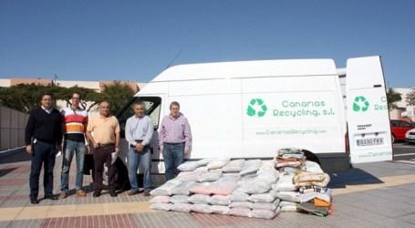 Servicios Sociales de Maspalomas recibirá 350 kilos de calzado y ropa usada