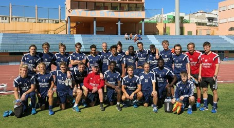 Equipos de fútbol de la 1ª División de Noruega y Suecia entrenan en Vecindario
