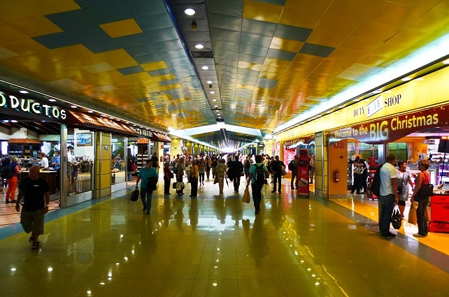 Aeropuerto de Gran Canaria, interior