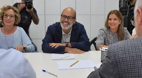 68 cargos de Podemos en Canarias muestran su apoyo a Nebot y Brito