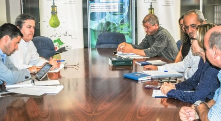 Conchi Narváez y Héctor Suárez desbloquean varias obras en la costa de Gran Canaria
