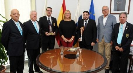 Álamo felicita en nombre del Ayuntamiento a los barmans campeones de España