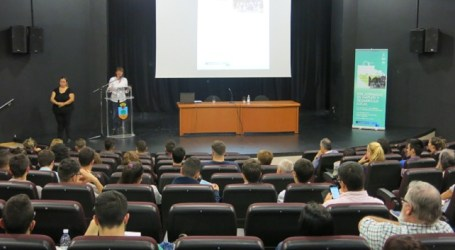 Las Jornadas de Empleo analizan en Santa Lucía el turismo como generador de trabajo