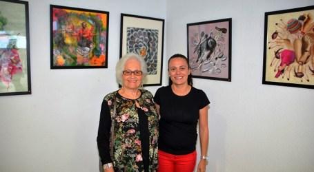 'Lila' Almeida muestra sus collages en el Centro Cultural El Tablero