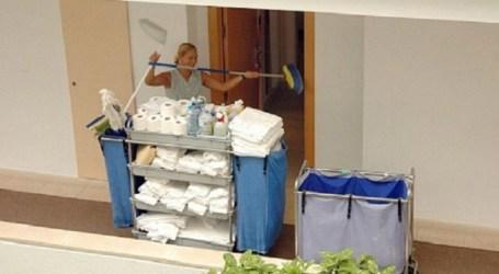 IUC propone medidas para mejorar las condiciones laborales de las camareras de piso