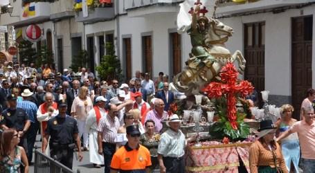 La festividad de Santiago Apóstol se torna en una búsqueda del camino a la paz
