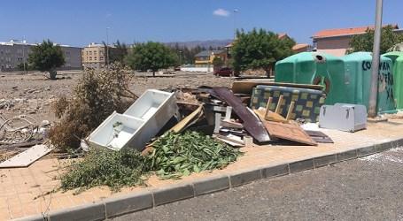 El Ayuntamiento tirajanero sancionará a 'Activa Vida' por vertido ilegal de enseres