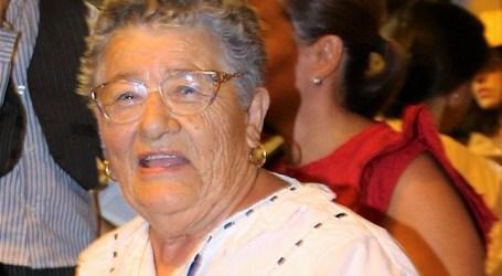 La bisabuela Ofelia Ramírez pregona las fiestas de Cercados de Espino
