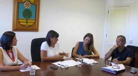 La alcaldesa de Santa Lucía traslada al Senado los problemas en el litoral