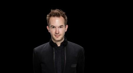 Andrew Gourlay dirige El caballero de la rosa de Strauss a la OFGC