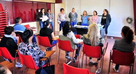 El Ayuntamiento y Radio Ecca ayudan a formarse en idiomas a desempleados