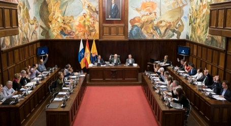 El pleno de Gran Canaria rechaza frontalmente el reparto del FDCAN del Gobierno
