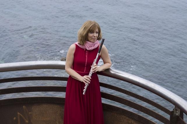 Charina Quintana, flauta