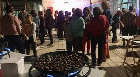 Más de mil personas viven la 'Noche de Finaos' en Santa Lucía con castañas, vino y música