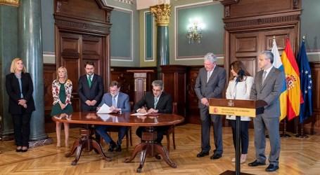 """Román Rodríguez: """"El acuerdo de los PGE de 2018 mejorará el bienestar y los derechos de los canarios"""""""