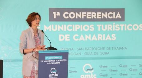 La nueva secretaria de estado de Turismo se ofrece como aliada a los municipios turísticos de canarias