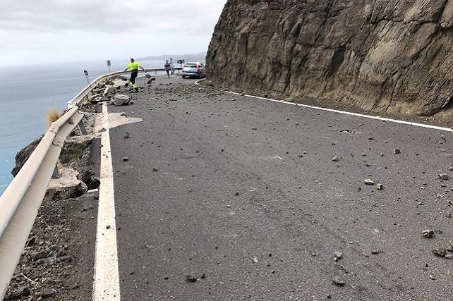 Carretera de La Aldea, desprendimiento en Faneque