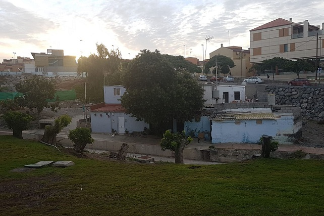 Aparcamiento de Arguineguín, viviendas
