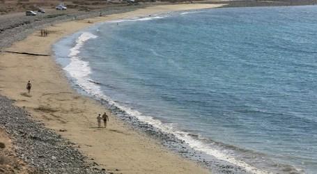 Santa Lucía celebra el Día Internacional de Limpieza de Playas con una acción en Bahía de Formas